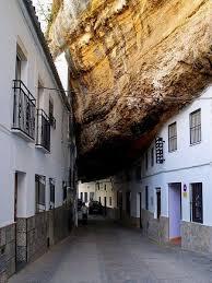 Bildresultat för setenil de las bodegas village