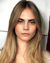 لذوات الجبهة العريضة 9 تسريحات شعر مختلفة تناسب شكل وجهك