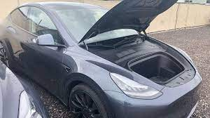 Tesla Model Y Photo Gallery Shows The Huge Trunk And Frunk Cargo Space Of The Electric Suv Tesla Model Tesla Tesla Car