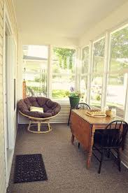Small sunrooms ideas Porch 26 Smart And Creative Small Sunroom Décor Ideaszoethis Table Is Almost Exactly Like The One In The Art Room That Was Telling You About Pinterest 26 Smart And Creative Small Sunroom Décor Ideaszoethis Table