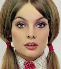 1970 s influence hair and make up are back in style