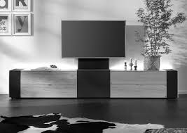 Q-Media  innovatives Hifi- und Medienmbel fr den TV- / Heimkinobereich