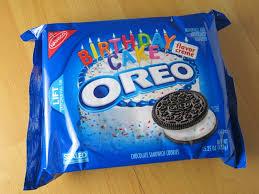 Review Nabisco Birthday Cake Oreo Cookies