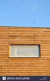 Fenster Auf Holzfassade Das Niedrigenergie Nachhaltiges Bauen Von