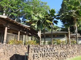 foster botanical garden entrance