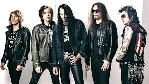 """SKID ROW Bassist RACHEL BOLAN On Vocalist ZP THEART Choosing Songs For His  Audition - """"He Goes 'You Guys Tell Me; I'm Pretty Sure I Know All Of Them'""""  - BraveWords"""