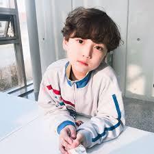 Ghim của Im Tea Ho trên Im Tae Ho | Bé cưng, Trẻ con, Bé trai