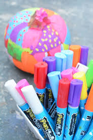 these are the coolest markers to decorate pumpkins ever!