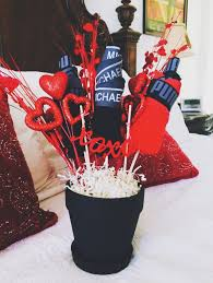 Though food bouquets are a flashy alternative to a romantic meal at a restaurant, they're not just a pandemic thing. Diy Man Bouquet Valentines Day For Boyfriend Man Bouquet Valentine S Day Gift Baskets