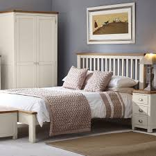 Oak And Cream Bedroom Furniture Hutchar Portsmouth Cream Painted Gents Double Wardrobe