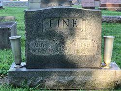 "Mildred Lorena ""Mickey"" Edingfield Fink (1919-2004) - Find A Grave ..."