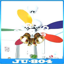 which direction should a ceiling fan spin in the summer which direction for ceiling fan in