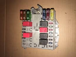 fiat punto 1 2 exterior fuse box 46760251 fire �25 00 picclick uk fuse box fire car fiat punto 1 2 exterior fuse box 46760251 fire 1 of 3only 1 available see more