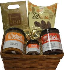 gift basket 2a 25 peach salsa jam 250ml strawberry rhubarb jam 250ml pumpkin er 45ml triple chocolate biscotti fort collection tea