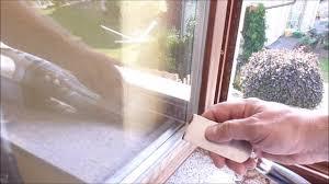 Heimwerker Reparatur Holz Fenster Abschleifen Und Streichen Selber