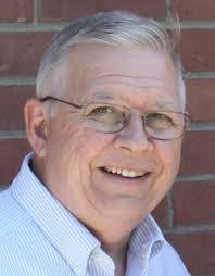 Larry Wetzel, 70, Santa Claus