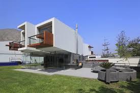 Elegant Cantilevered House