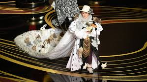 Costume Design Oscar 2019 People Want A Stuffed Rabbit To Be Their 2019 Oscars Host Time