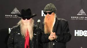 Dusty hill, the bassist for zz top for over 50 years, has died, according to a statement by bandmates billy gibbons and frank beard posted on facebook. Billy Gibbons And Dusty Hill Of Zz Top On 2012 Hall Of Fame Inductee Freddie King Youtube