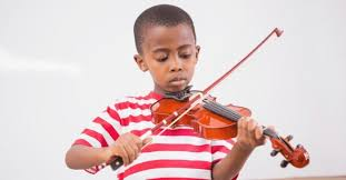 Learn to play new songs on the violin in a matter of days with this easy songbook! First Easiest Violin Songs For Beginners