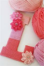 diy projects with yarn 50 easy crafts to make and crafts diy