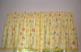 Yellow Gingham Kitchen Curtains Similiar Bright Yellow Floral Kitchen Curtains Keywords