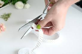 How To Make A Garter Without A Sewing Machine