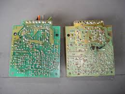 replacing 84 96 bose speakers amps cc tech here is a typical bose amplifier circuit board damage the circuit board has a ered wire harness on early cars later cars have harness connectors