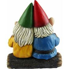 gnome couple in love figurine grow old