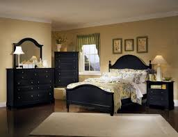 Queen Size Bedroom Furniture Sets On Bedroom Queen Size Black Bedroom Sets With Black Four Poster Bed