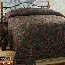 Mixed Pine Rustic Camo Quilted Bedspread Bedding &  Adamdwight.com