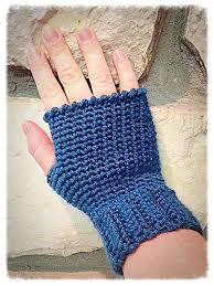 Free Crochet Patterns For Fingerless Gloves