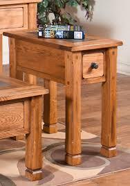 Amazoncom Sunny Designs Sedona End Table In Rustic Oak Kitchen