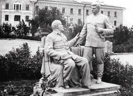 lenin and stalin lenin monuments rusmania