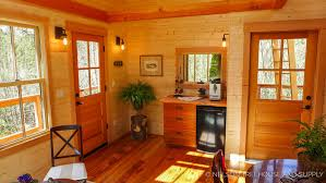 Treehouse masters interior Fairytale Thrillchilltreehouse Nelson Treehouse Treehouse Masters Season 9 Episode 4 Thrill n Chill Treehouse