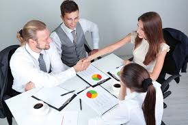 Гендерные особенности в деловой коммуникации характерные аспекты  Знакомство нового сотрудника