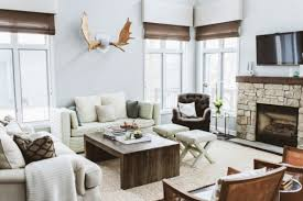 If you feel less comfortable in a minimalist style, try to choose a rustic  eclectic style.