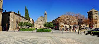 Yadier molina page at the bullpen wiki. Plaza De Vazquez De Molina In Ubeda Spain Info Auf Deutsch