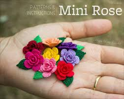 Small Crochet Flower Pattern