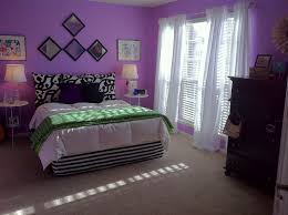 Black Carpet For Bedroom Bedroom Purple Wall White Curtain Round Nightstand Smooth Carpet