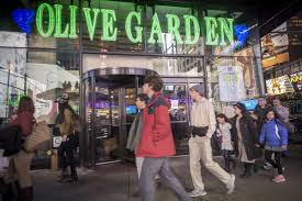 redditors reveal why they go to the times square olive garden
