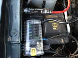 to install auxiliary fuse box diagram wiring diagram shrutiradio 12 volt fuse block wiring diagram at To Install Auxiliary Fuse Box Diagram