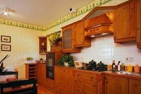 replacing kitchen cabinet doors