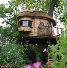 simple treehouse. Forest Fancy: A Treehouse Can Be Simple Or As Elaborate You Like