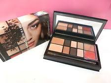 mac cosmetics look in a box face kit sophisticate limited edition new in box