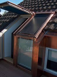 Balkon Fenster Fenster Und Balkon Auf Der Fassade Des Wohnhauses