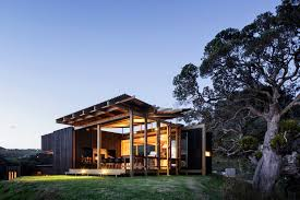 Small Picture herbst architects aligns castle rock house with new zealand coastline