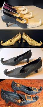 DIY Witch Shoes ~ These are amazing! What a fun idea for next Halloween!  Gosh some folks are super talented. Need for Witches Night Out