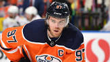 McDavid gets 500th career point in 369th game