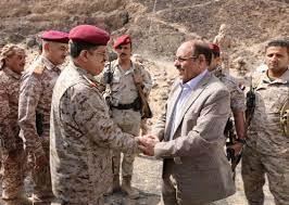 نائب الرئيس يصل مأرب ويلتقي القادة العسكريين بحضور وزير الدفاع